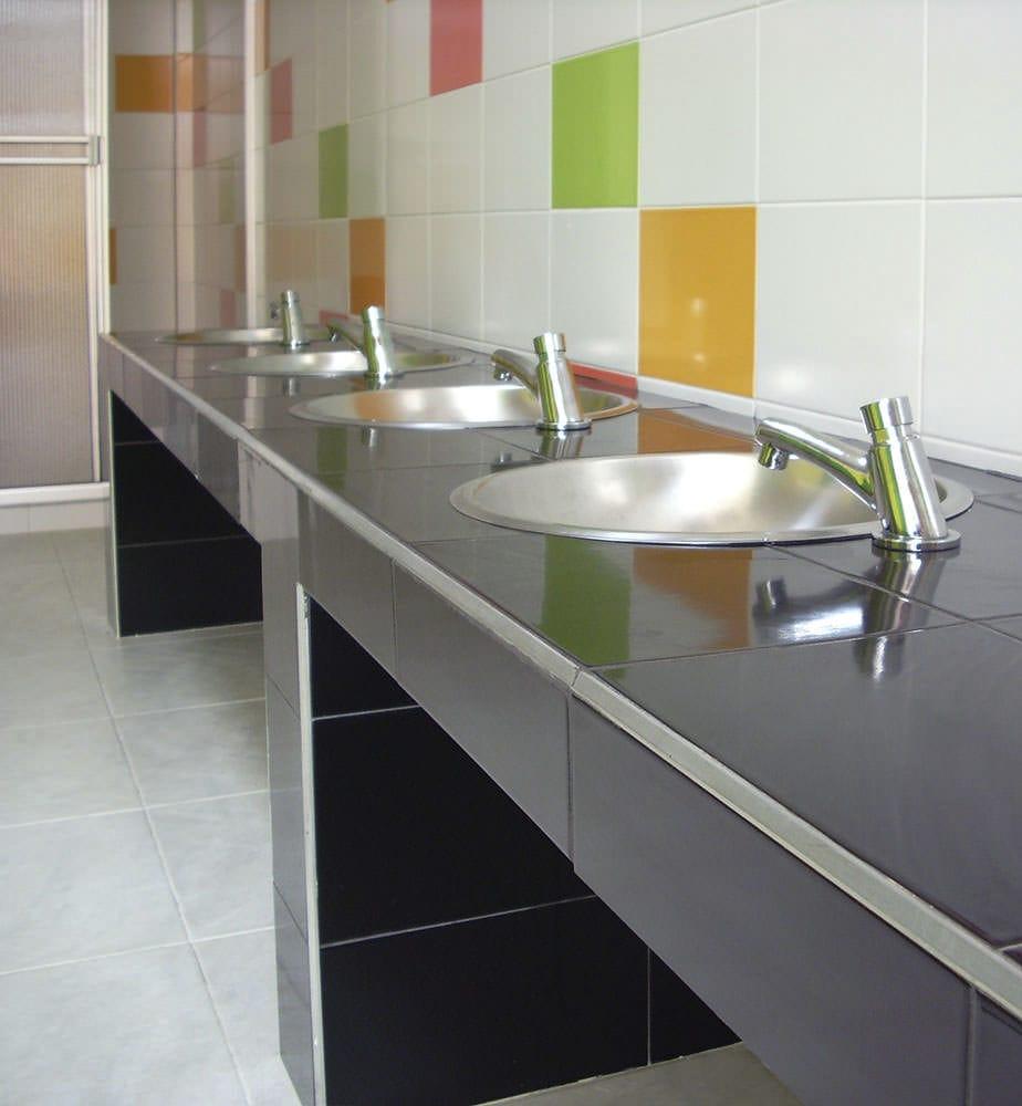 Marvelous Bathroom Tile Kitchen Floor Wall Blanco Alfagres S A Download Free Architecture Designs Scobabritishbridgeorg
