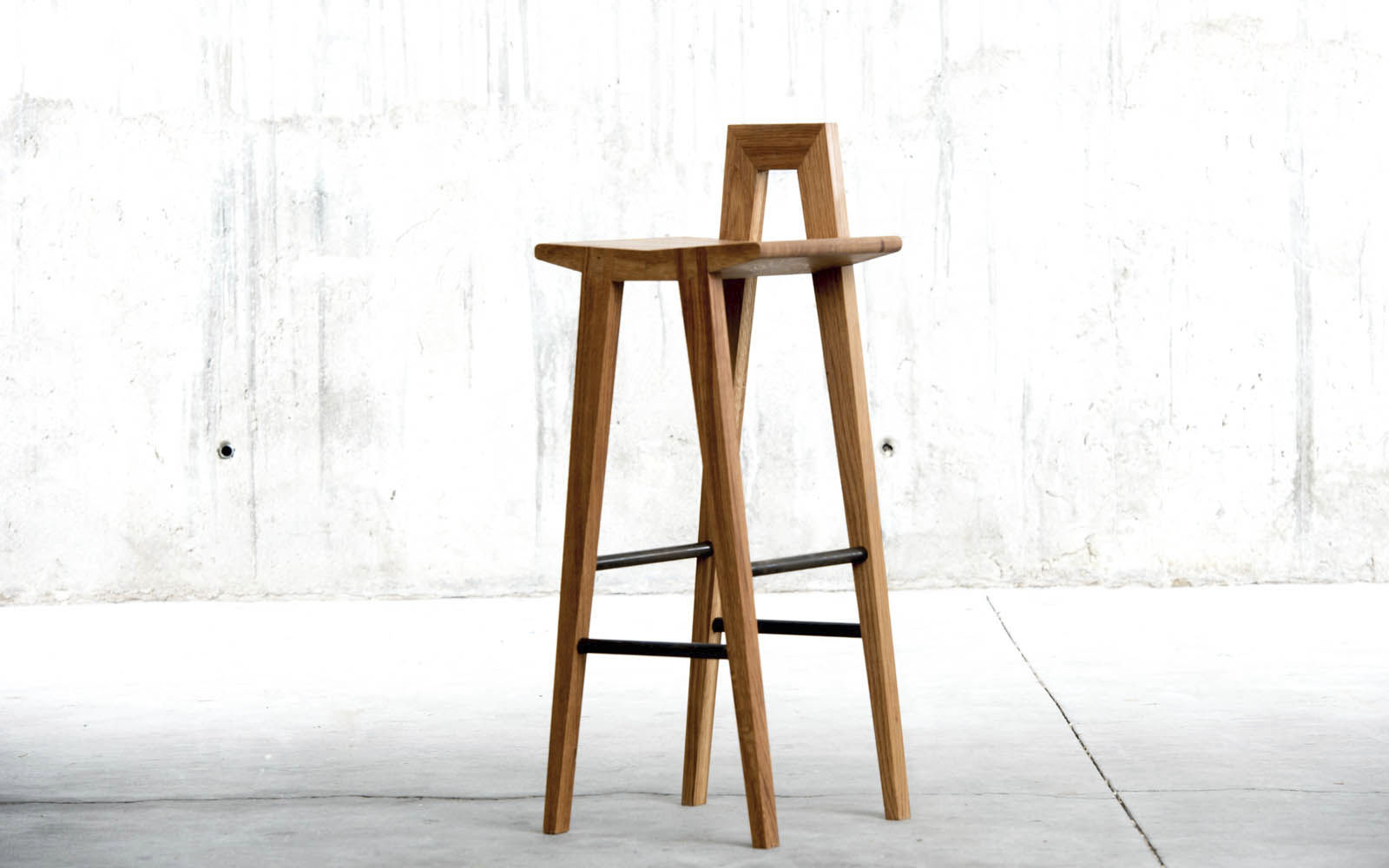 Contemporary Bar Stool Oak