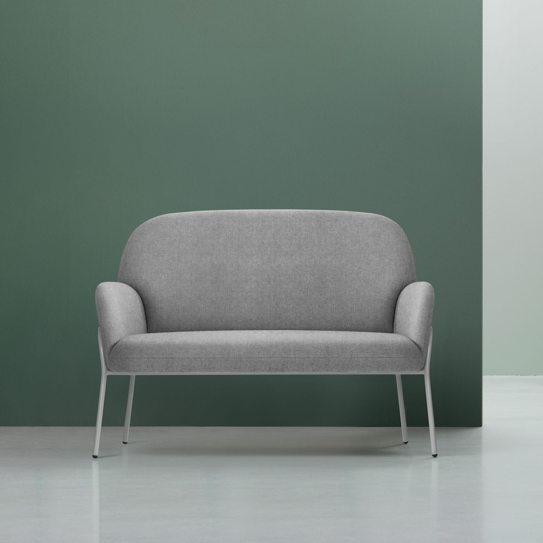 Scandinavian design sofa / fabric / beech / painted metal ...