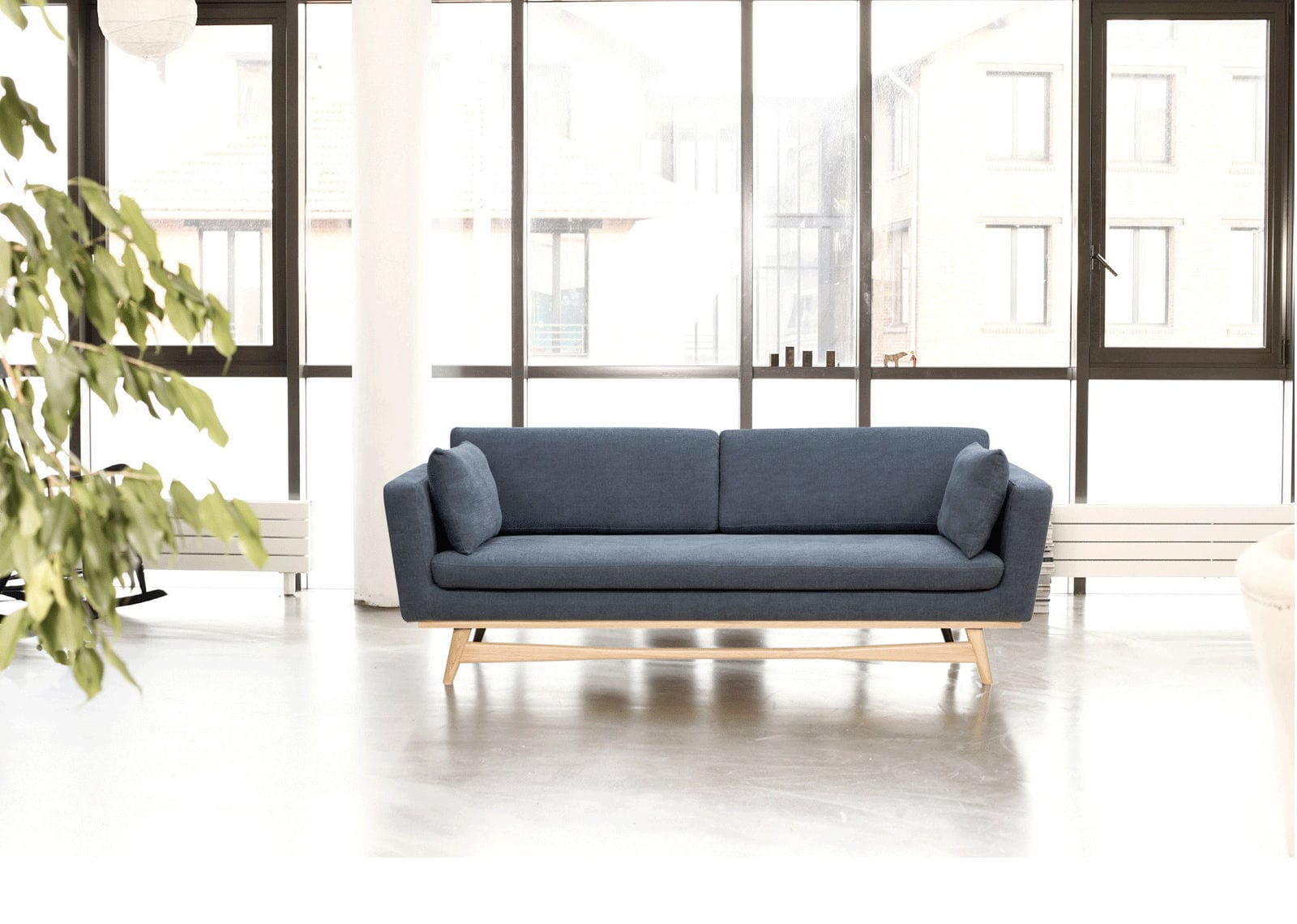 Scandinavian design sofa / solid wood / fabric / 3-seater