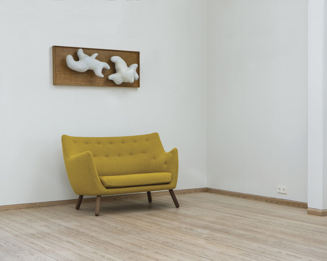 Scandinavian Design Sofa Poet Finn