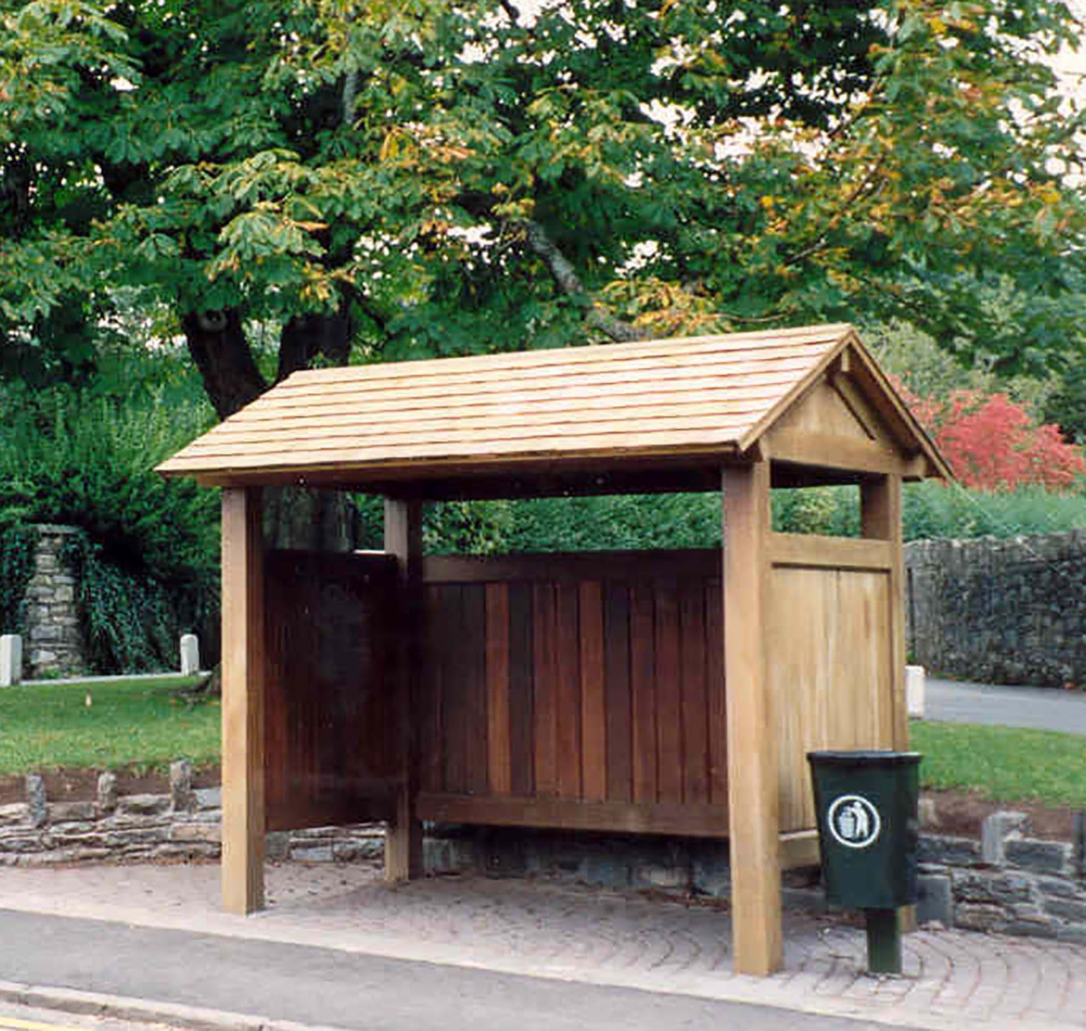 Wooden bus shelter - STANDARD - Woodscape.