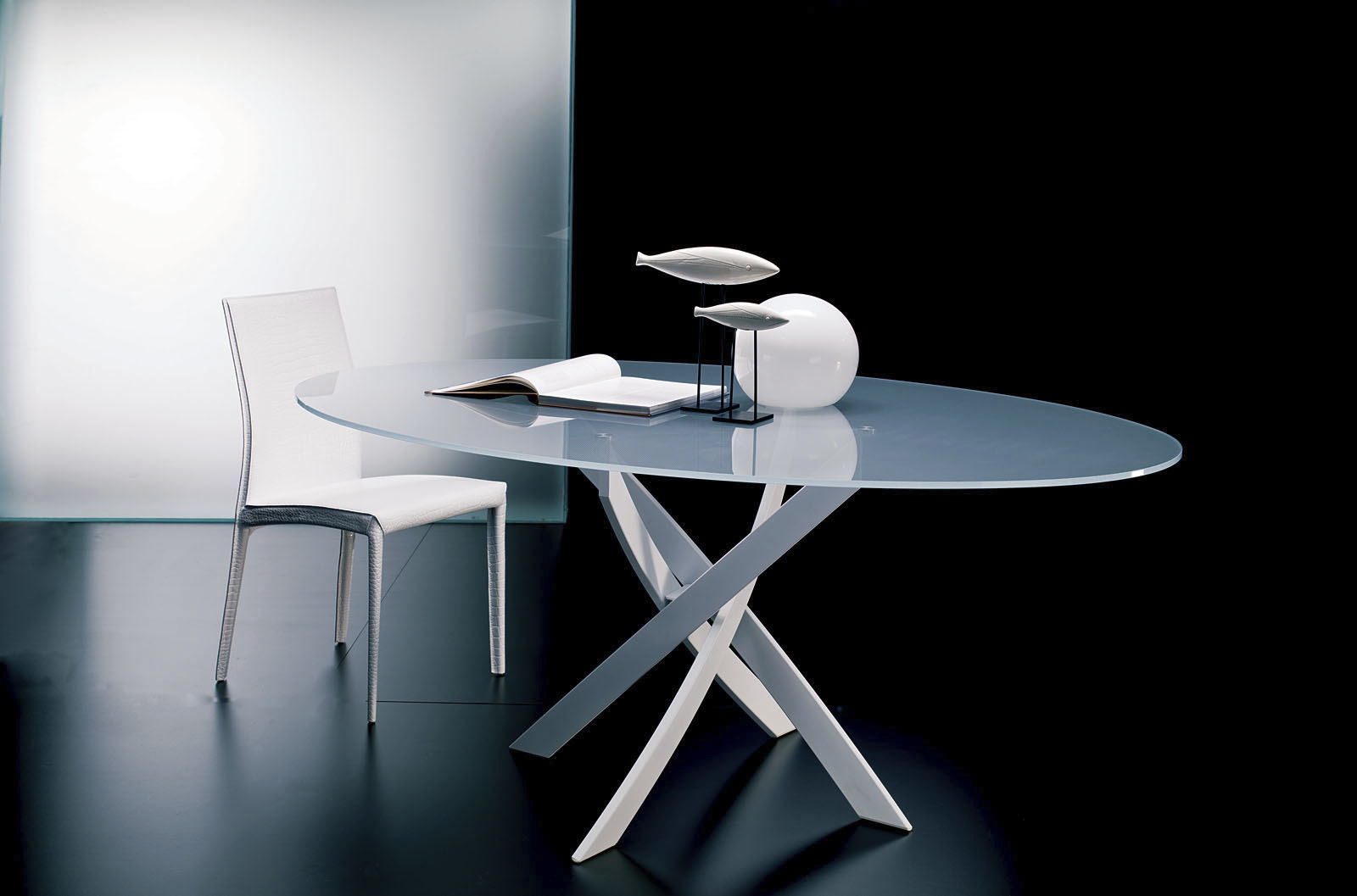 Contemporary Dining Table Gl Round