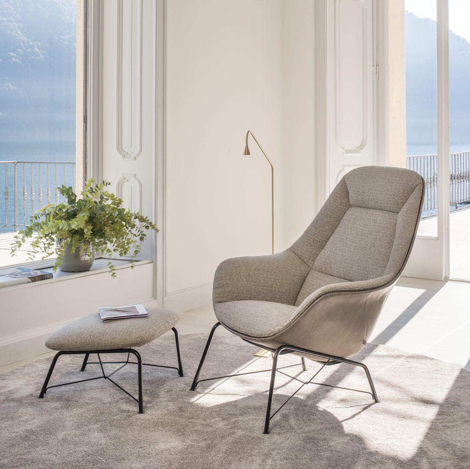 Design Fauteuil Jori.Contemporary Armchair Fabric With Footrest Prelude Lounge By