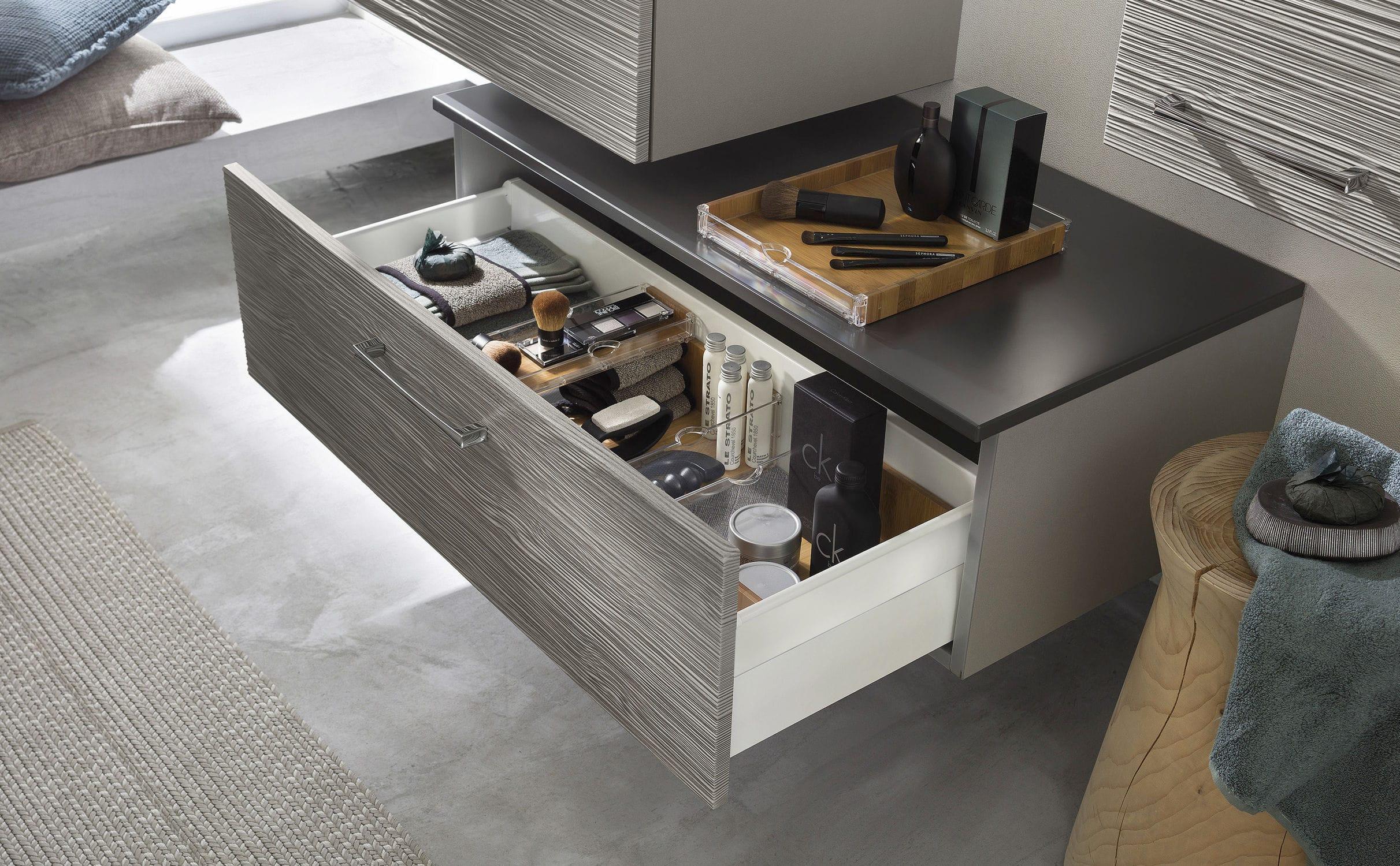 Contemporary bathroom / oak / glass - UNIQUE Onde chêne gris ...