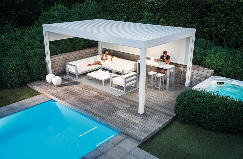 Self Supporting Pergola Camargue Renson Wall Mounted Aluminum With Mobile Slats