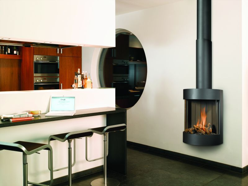 Gas Fireplace Contemporary Closed Hearth Wall Mounted