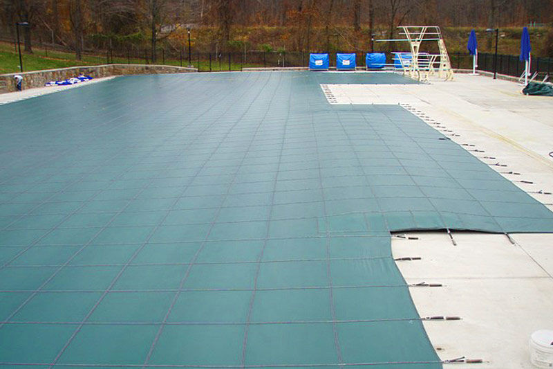 Security swimming pool cover / for public pools - Loop Loc ...