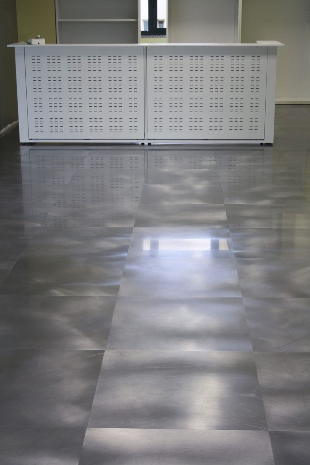 Indoor Tile Floor Metal Plain
