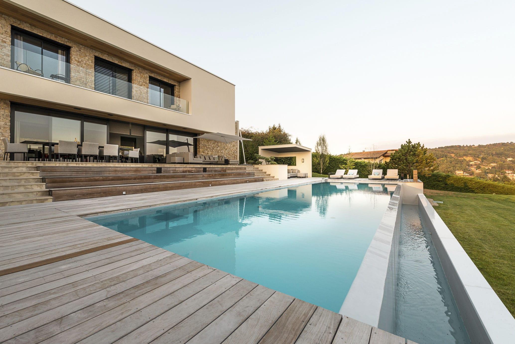 Eclairage Led Autour Piscine in-ground swimming pool / concrete / outdoor - cote jardin