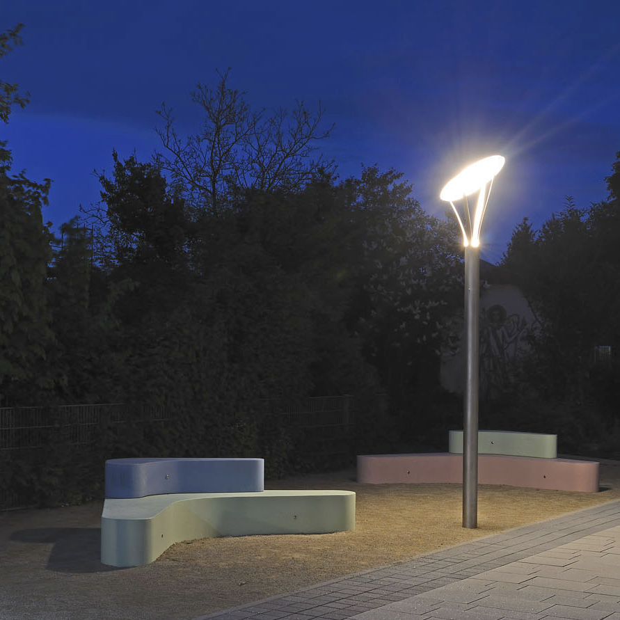 Garden lamp post - CIRCOLO TYPE 12/12 - LECCOR - urban