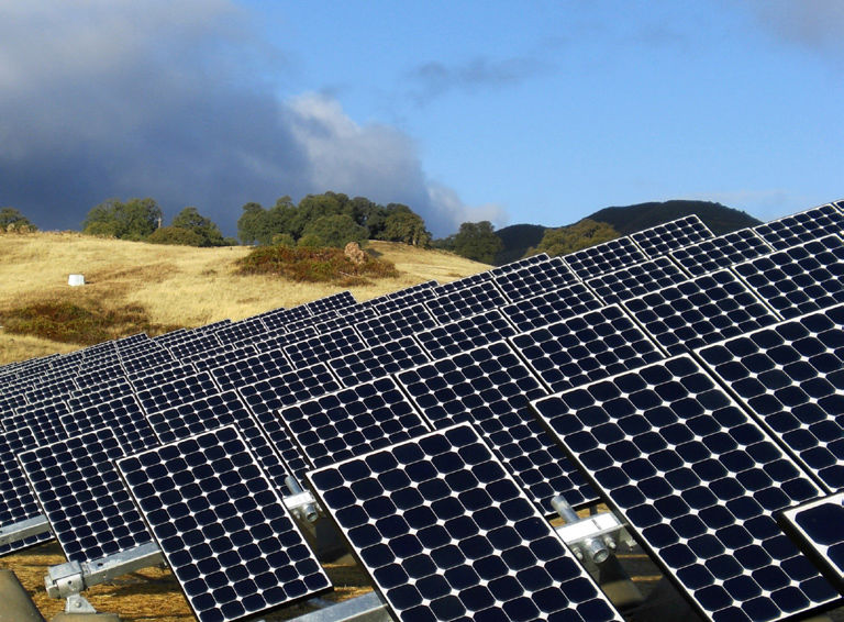 Photovoltaïc installation solar tracker - T20 3 5-3 7 kW