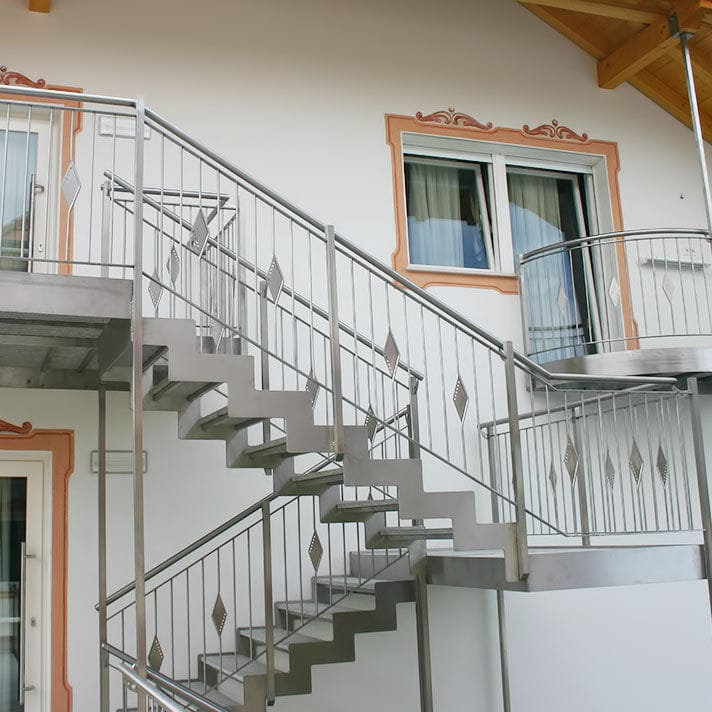 Straight Staircase Inox Design Half Turn Stainless Steel Frame Metal Steps,Hd Designs Outdoor Furniture