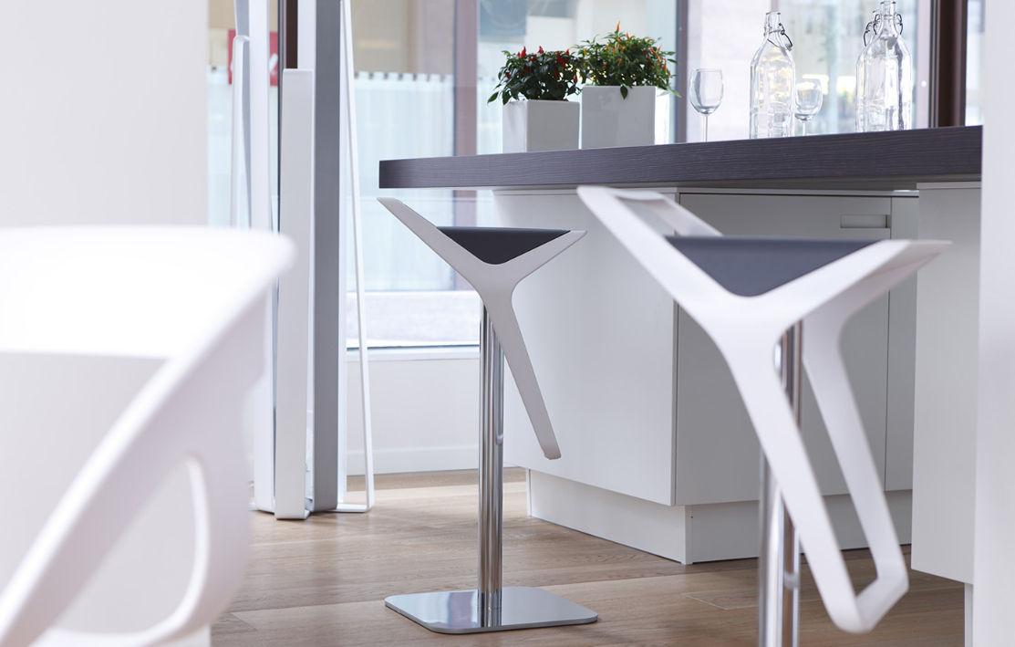 Contemporary bar stool   FREEDOM   Gaber   swivel