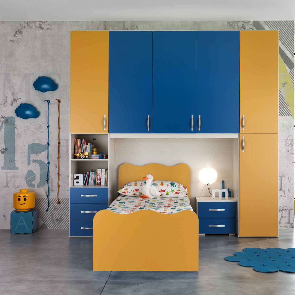 Blue Children S Bedroom Furniture Set 18 03 M C S Yellow Lacquered Wood Boy S