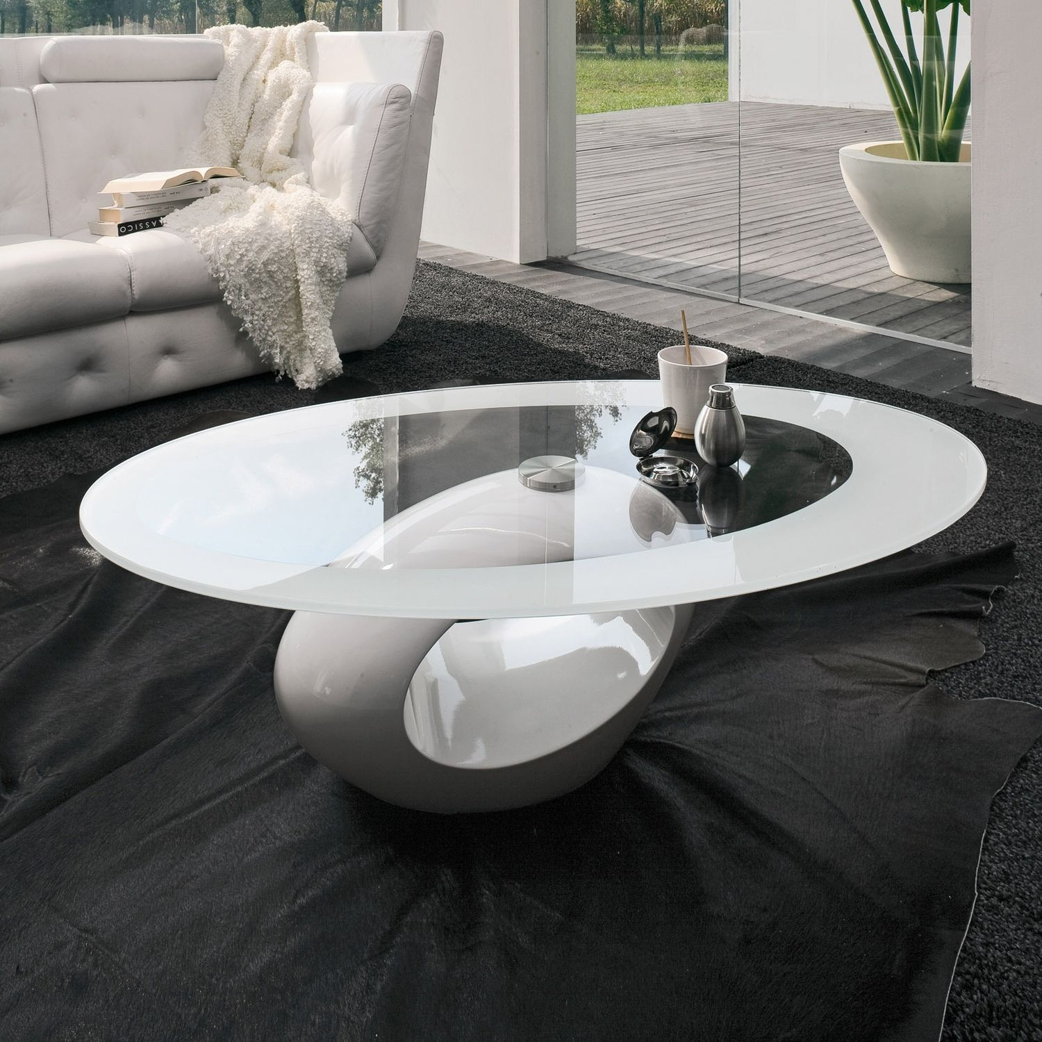 Picture of: Contemporary Coffee Table Dubai Tonin Casa Marble Tempered Glass Oval