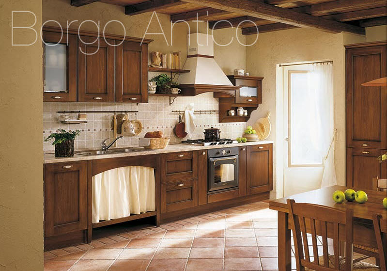 Traditional kitchen / solid wood / wooden / with handles ...