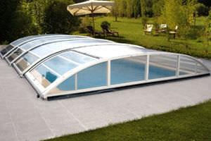 Low swimming pool enclosure / telescopic / aluminum / manual ...