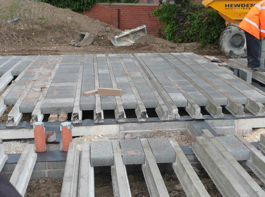 Prestressed Concrete Beam Thomas