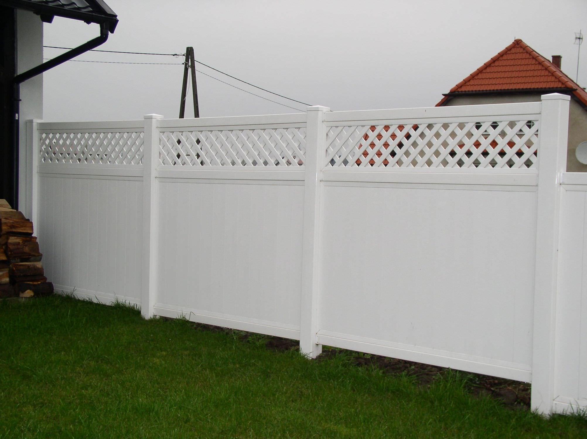 Recinzioni Per Giardino In Pvc.Garden Fence Hoarding Open Work Top Fence Pvc