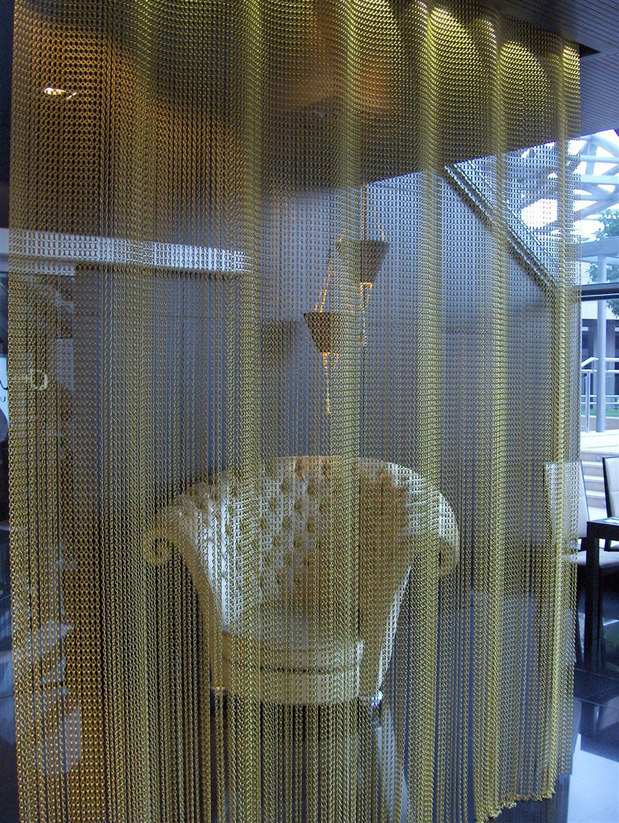 Mesh Room Divider Metal For Restaurants Hanging Undulated Fixed