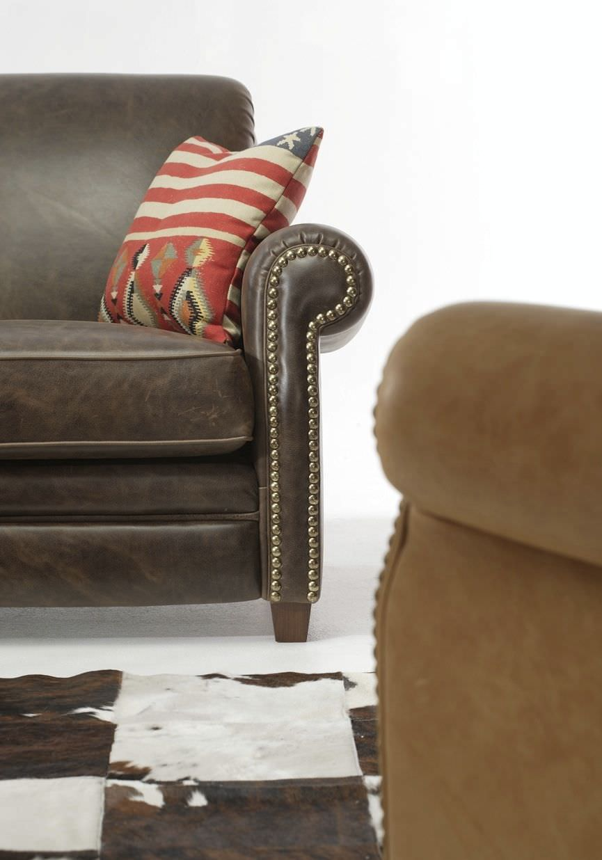 Divano In Pelle Con Recliner.Traditional Sofa Leather 2 Person With Armrests Chopper