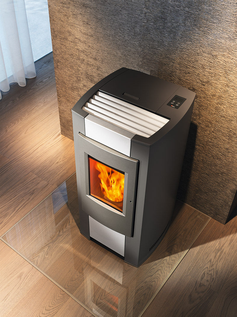 Poele A Granule Rika Domo pellet heating stove / steel / ceramic / contemporary - pico