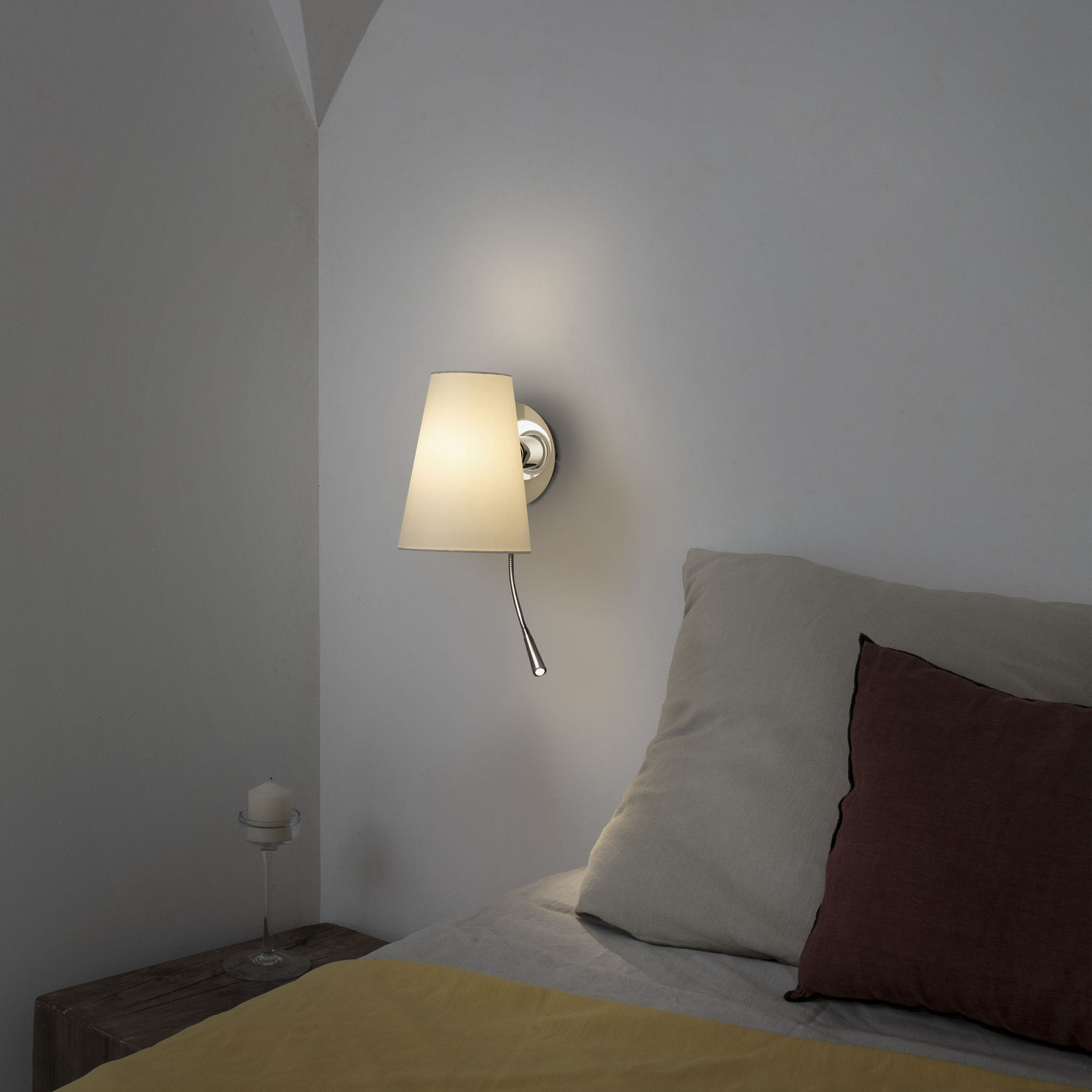 Contemporary Wall Light Metal Fabric Led