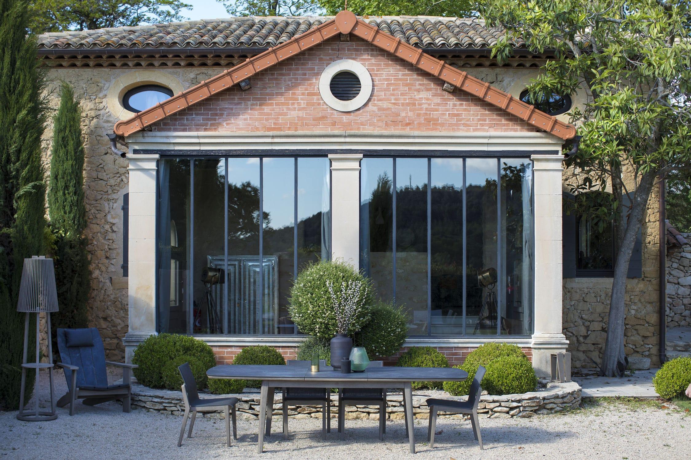Scandinavian design dining table / teak / HPL / oval