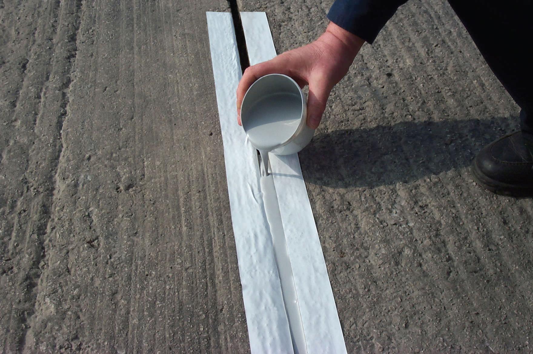 Elastomeric sealant / polyurethane / leak-proofing - FLOOR
