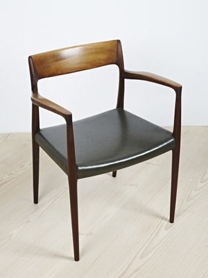 Scandinavian Design Dining Chair Upholstered With Armrests