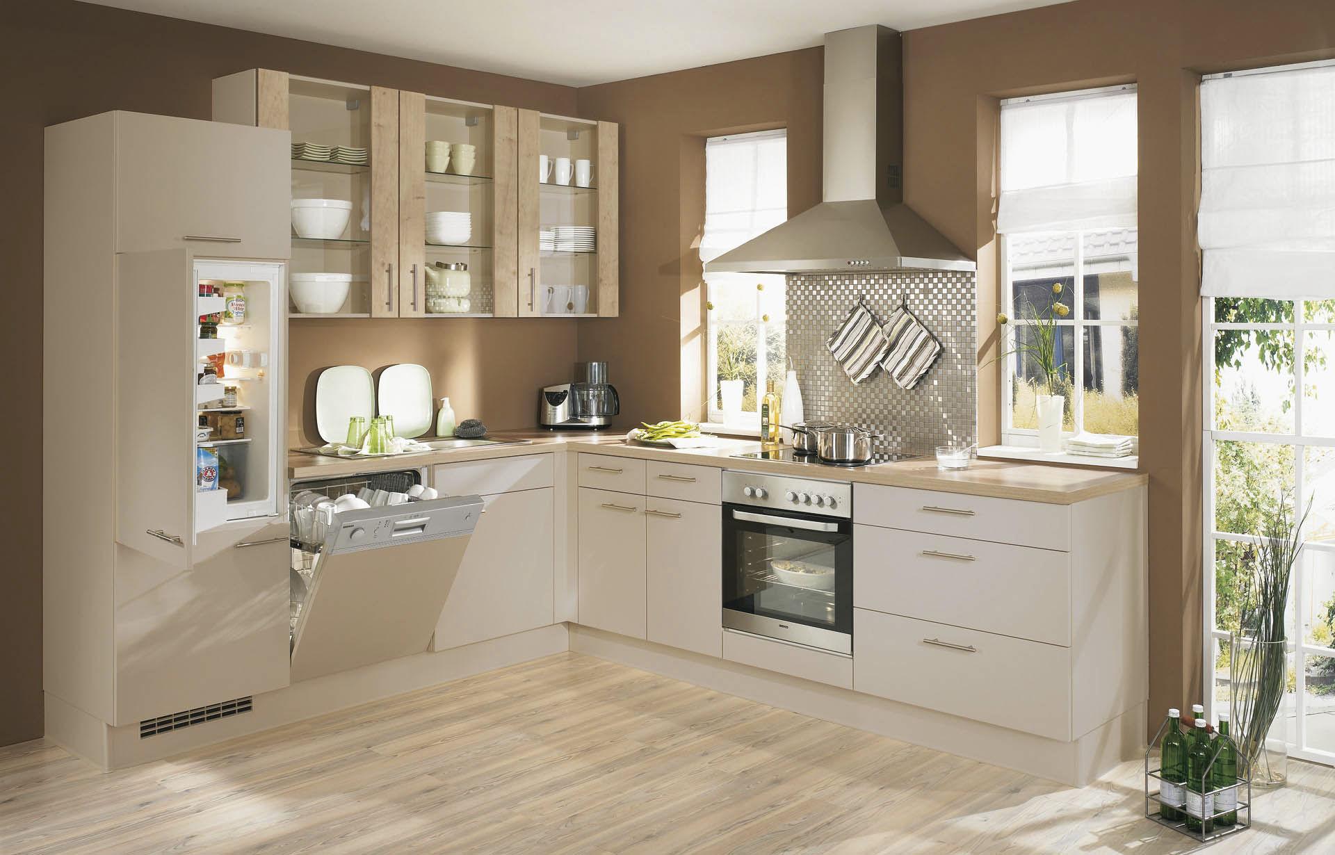 Contemporary Kitchen Wooden Lacquered Matte Pia 672 Nobilia