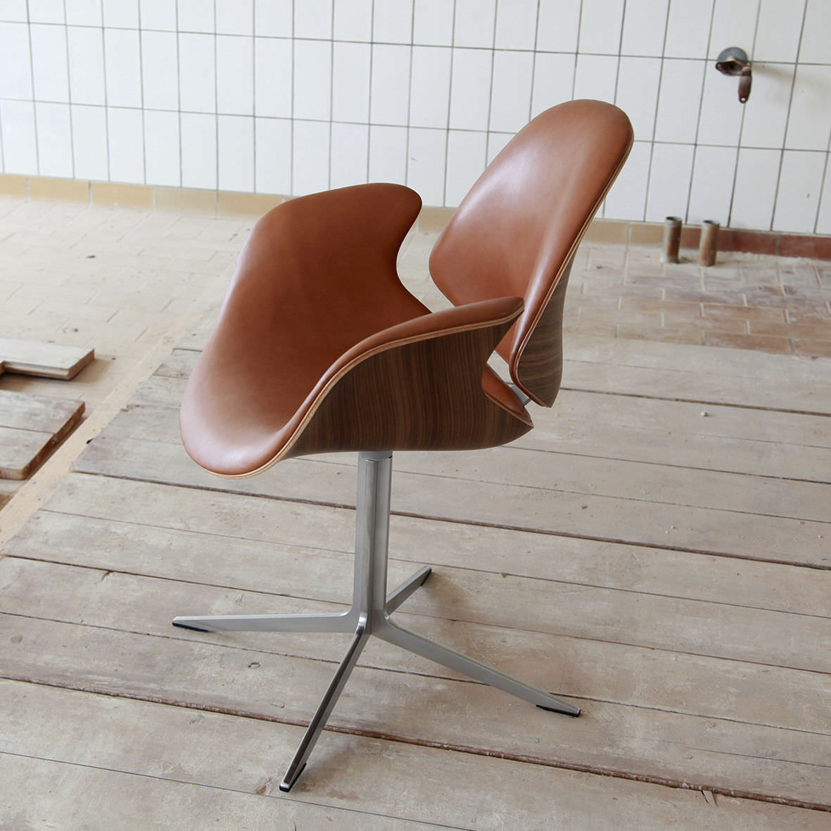 Magnificent Scandinavian Design Chair Swivel Upholstered With Ibusinesslaw Wood Chair Design Ideas Ibusinesslaworg