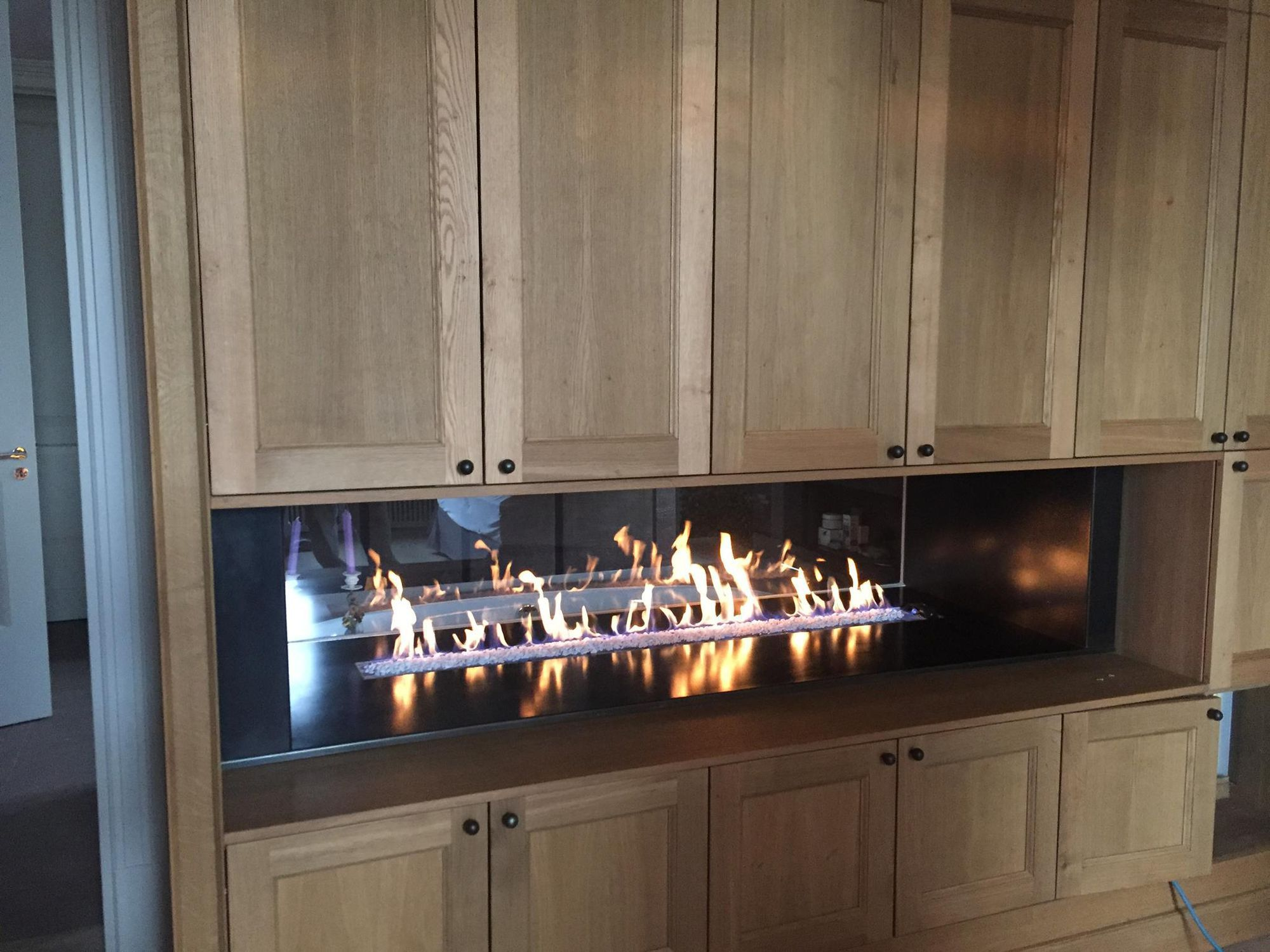 Gas Fireplace Contemporary Closed Hearth 2 Sided Tunnel