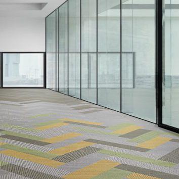 Carpet tile / tufted / structured