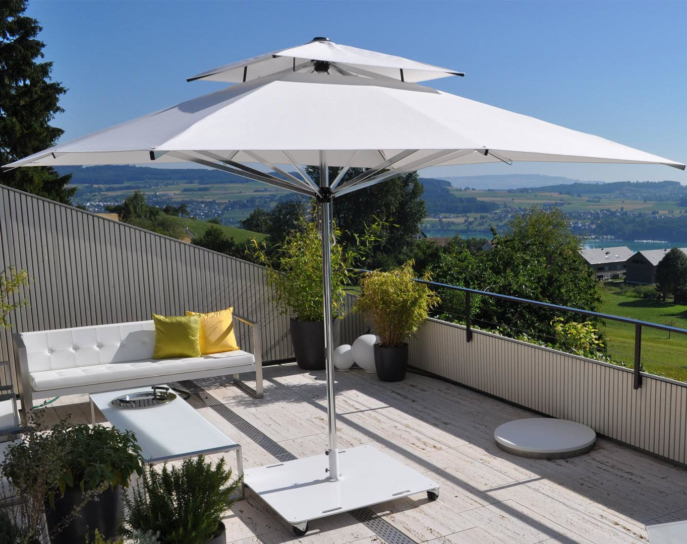 Commercial Patio Umbrella For Hotels Bars Public Pools Supremo