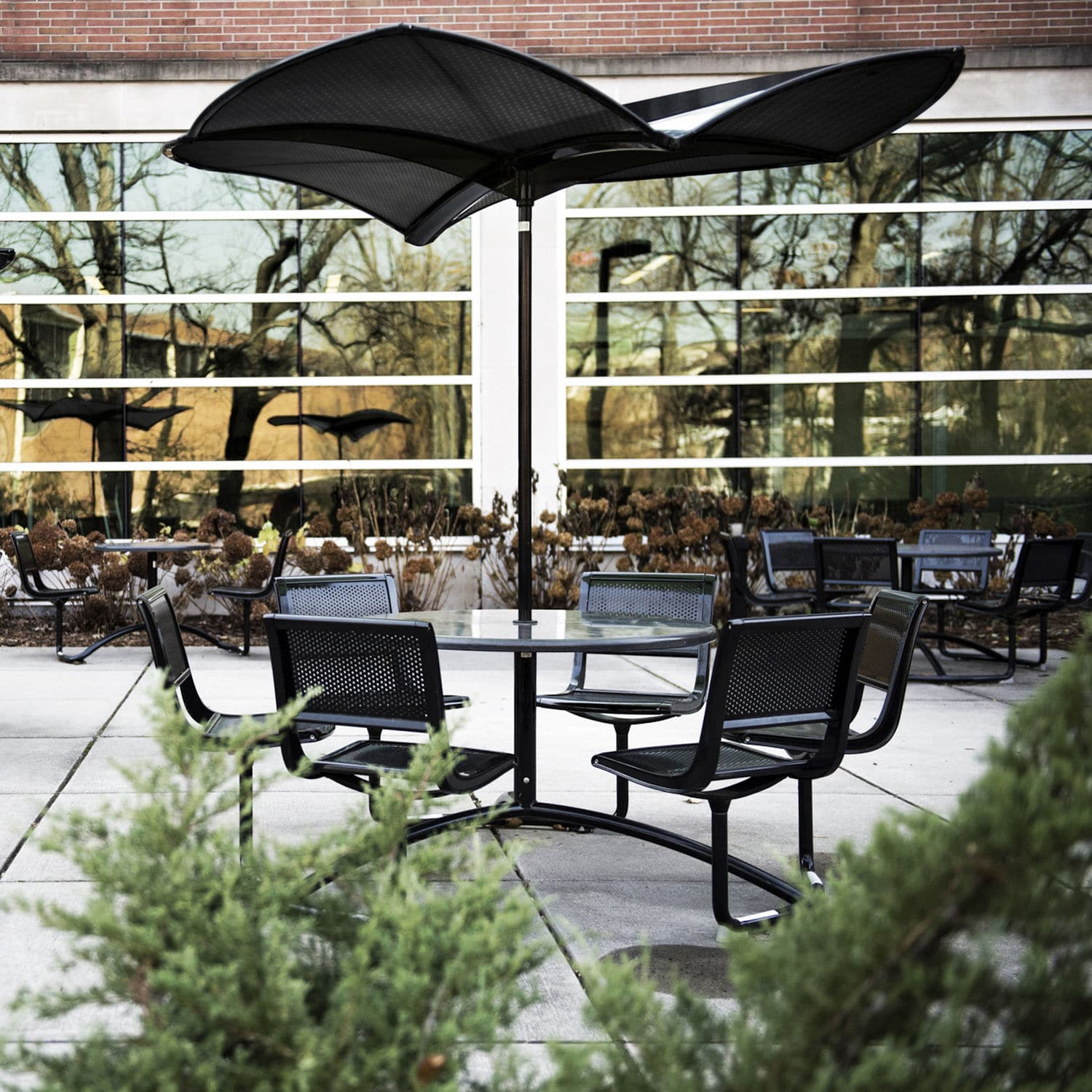 Commercial Patio Umbrella Metal 35 Shade By Frog