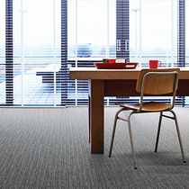 Carpet tile / tufted / loop pile / structured