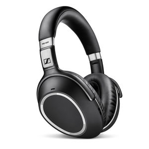 noise-cancelling headphones / wireless / connected / rechargeable