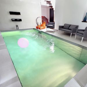 swimming pool movable floor