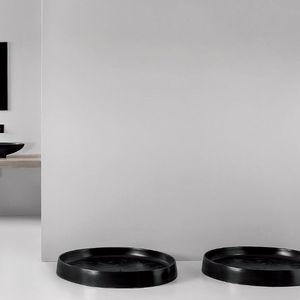 round shower base / raised / ceramic