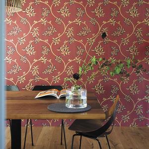 contemporary wallpaper / floral / metallic look / golden