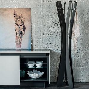 floor coat rack / contemporary / lacquered steel / titanium