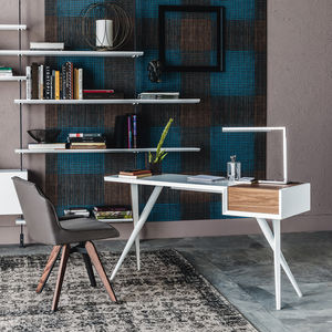 walnut desk / lacquered wood / lacquered steel / contemporary