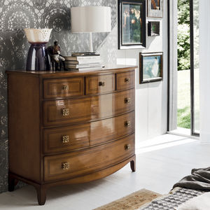 traditional chest of drawers / solid wood