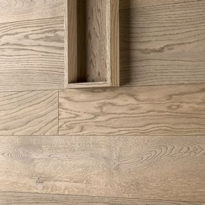 cover decorative panel / wood / wall-mounted / brushed