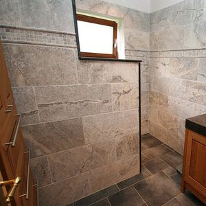 indoor mosaic tiles / wall / travertine / square