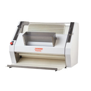 automatic dough molder / for baked products