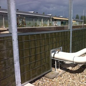 noise barrier with modular panels