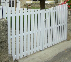 PVC gate / swing / sliding / thermo-lacquered aluminum